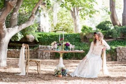 Spectacular-Bride_KMH-LegendsRanch-BohemianStyledShoot-15