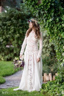 Spectacular-Bride_KMH-LegendsRanch-BohemianStyledShoot-21