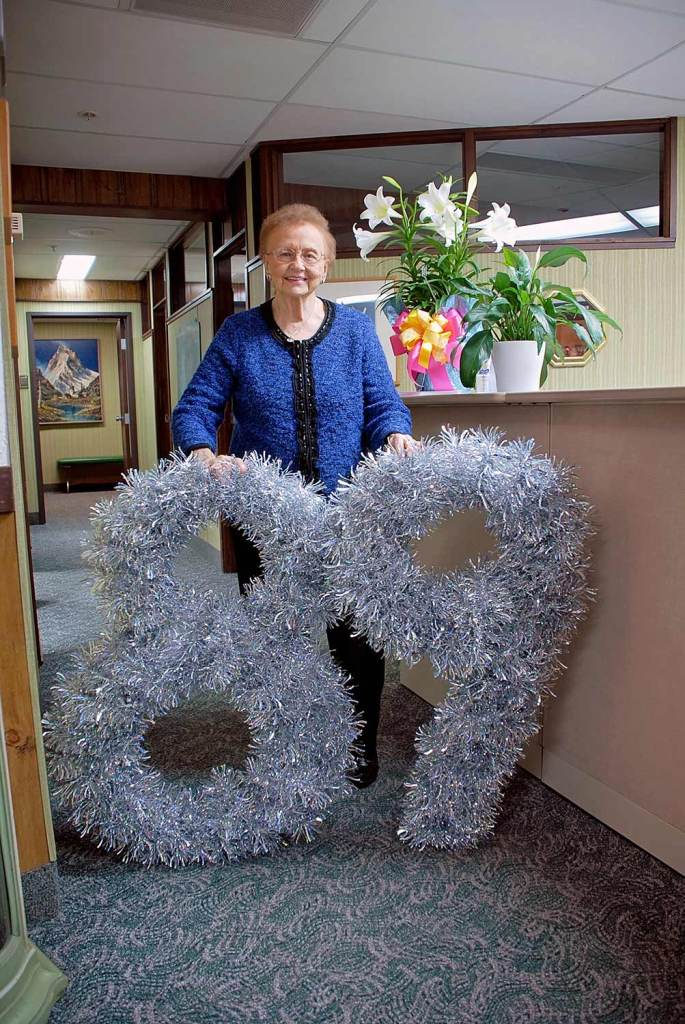 Irene Bronner's 89th Birthday with giant tinsel numbers