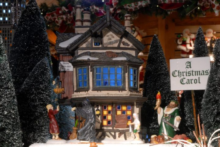 A Christmas Carol Scrooge With Ghosts Department 56 Village Pieces