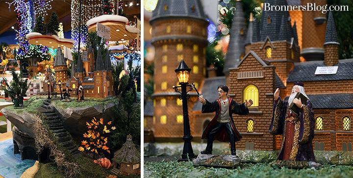 Hogwarts Great Hall Dept 56. Village Piece with figures