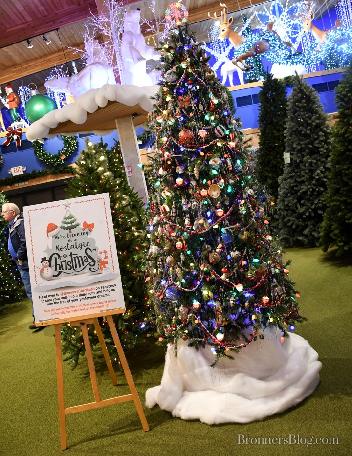 Bronner's vintage styled Christmas tree decorated like the 50s.
