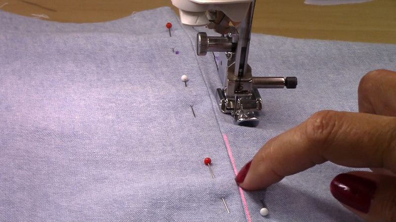 VIDEO: Sew a Zipper with the Laser Vision Guide