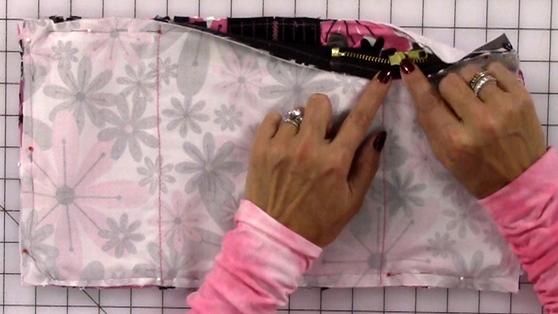 part-5-manicure-bag_finishing