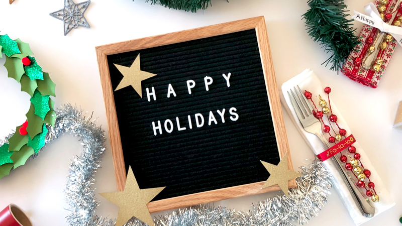 Crafting Essentials: Holiday Décor Projects