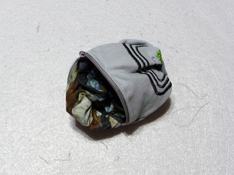 reverse pouch