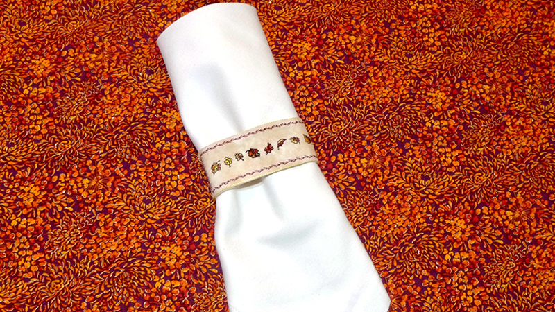 Free Design: Fall Embroidered Napkin Rings