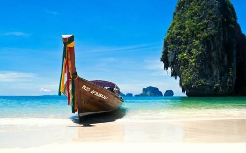 Beaches-Phi-Phi