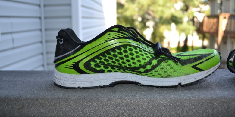 Elastic laced tri running shoes