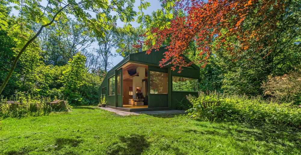 Amsterdam's cc-studio named Thoreau's Cabin in honor of American author Henry David Thoreau