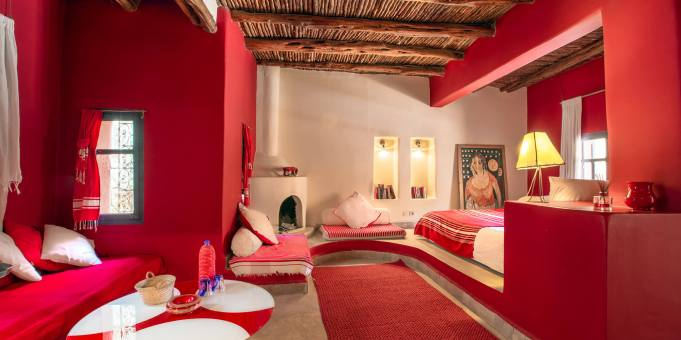 moroccan bedroom red