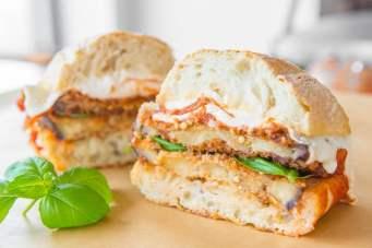 Eggplant-Parmesan-Sandwich with garnish