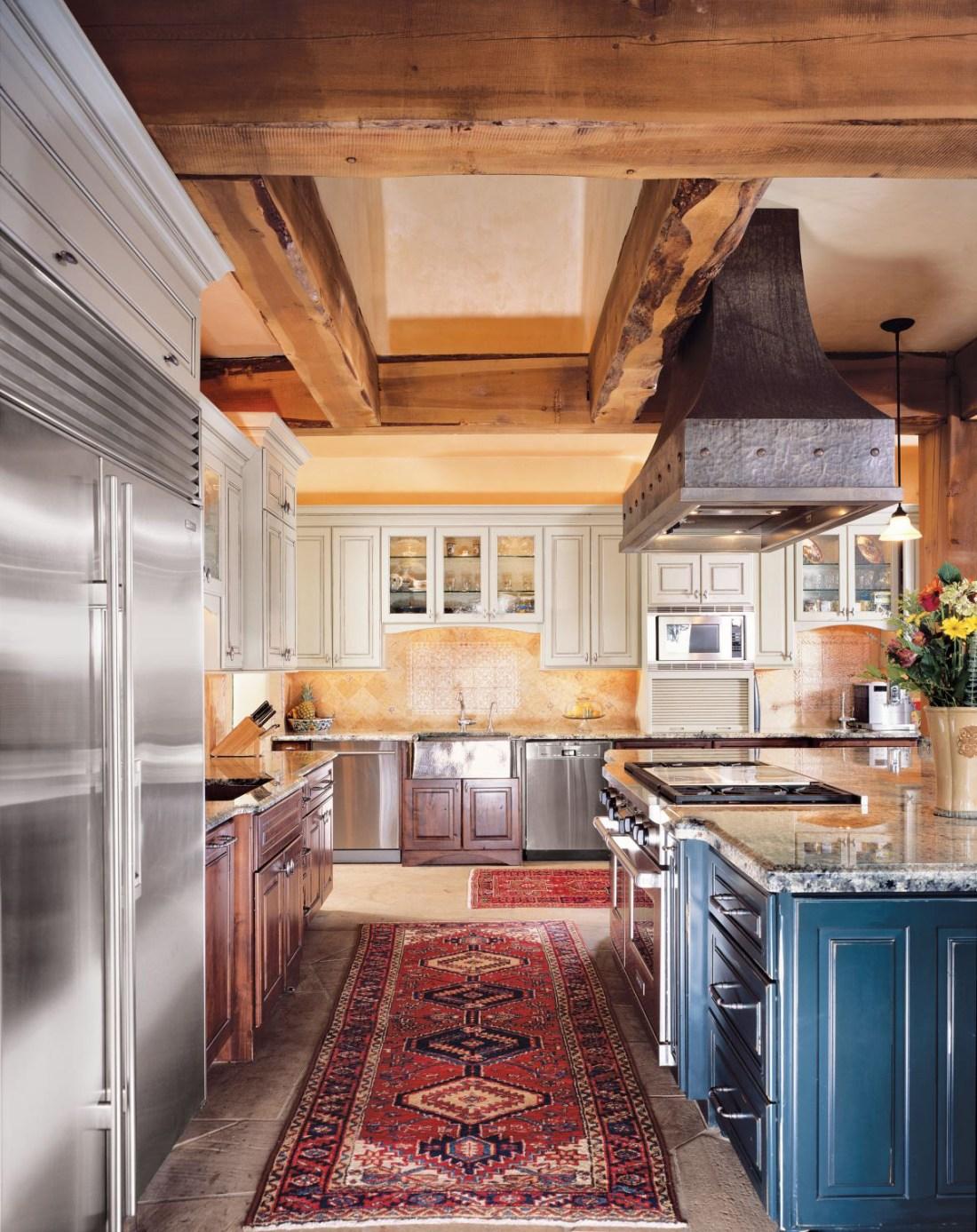 Mountain Style Neutral Kitchen
