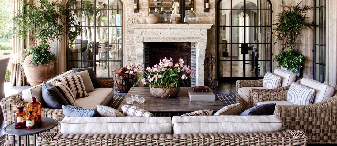 Outdoor Spaces & Patio Furniture