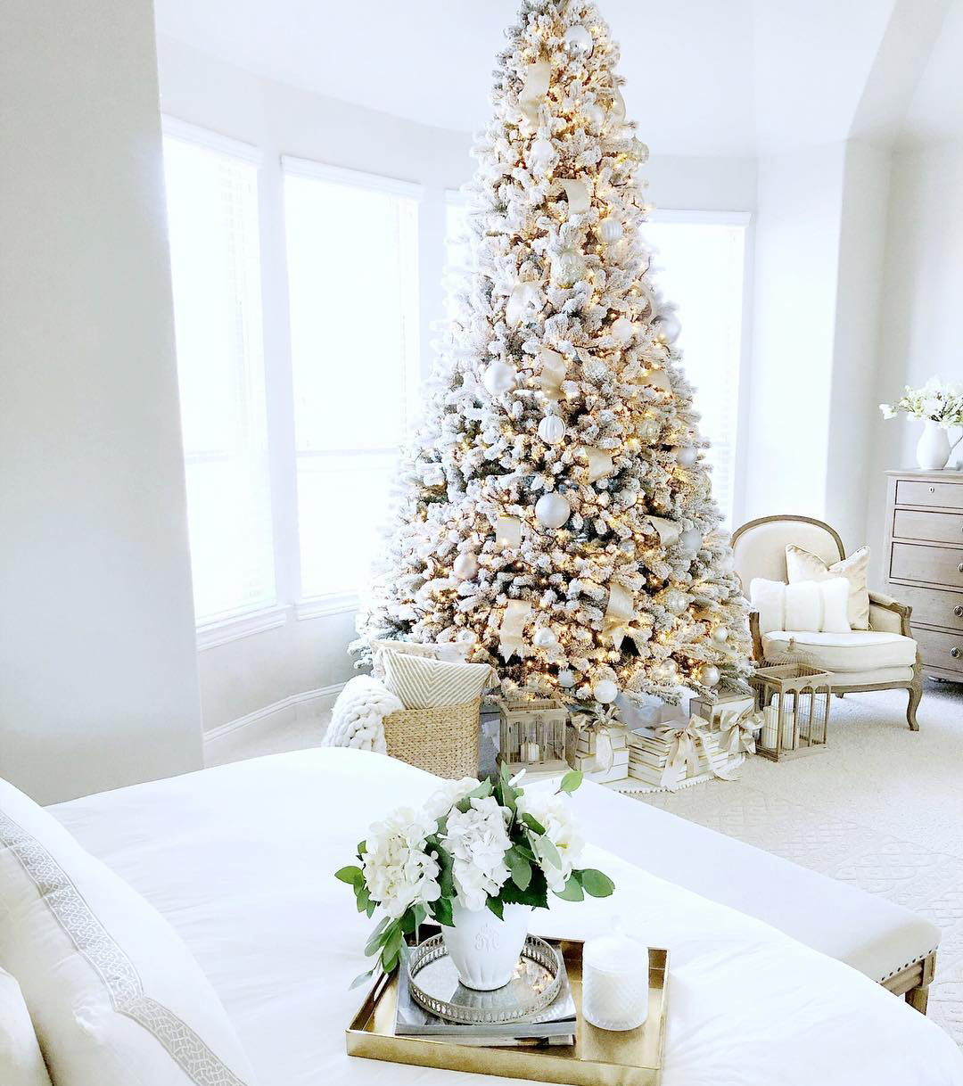 White Christmas Tree | My Texas House Blog