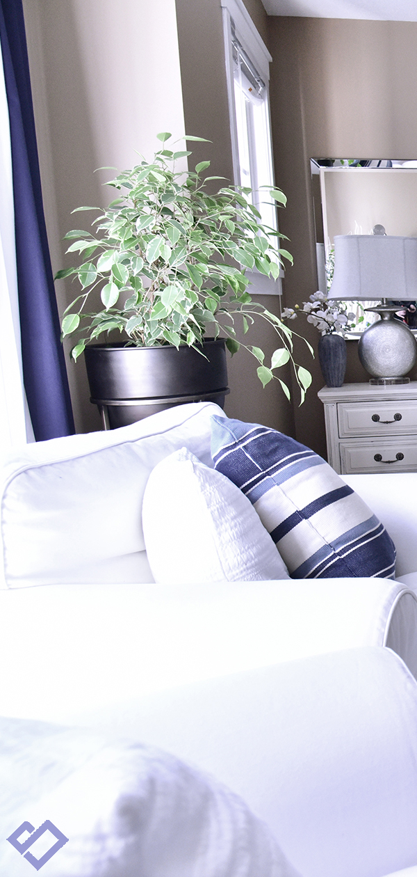 Modern Coastal Bedroom Decorating Ideas | Designed by Tracy Svendsen | Buyer Select Blog