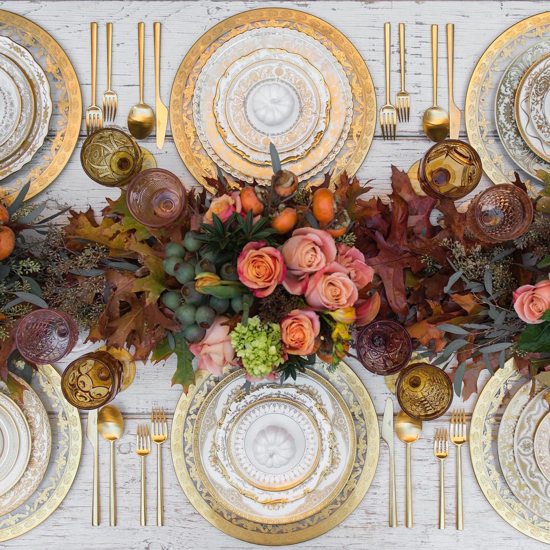 Beautiful Fall Tablescape | Casa de Perrin