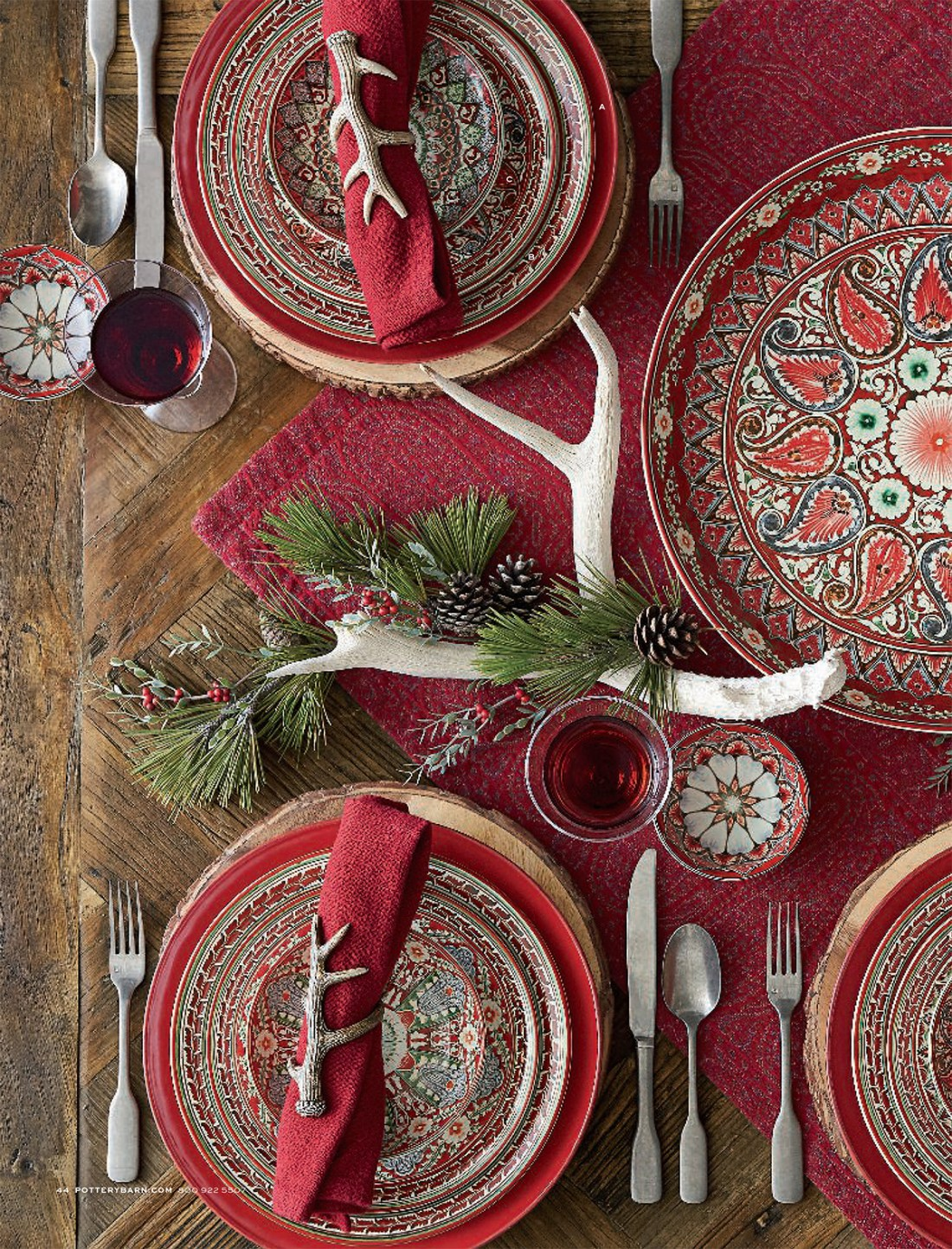 Luxe Lodge Christmas Table
