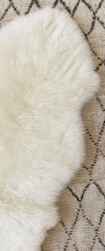 Double Sheepskin Rug in Ivory