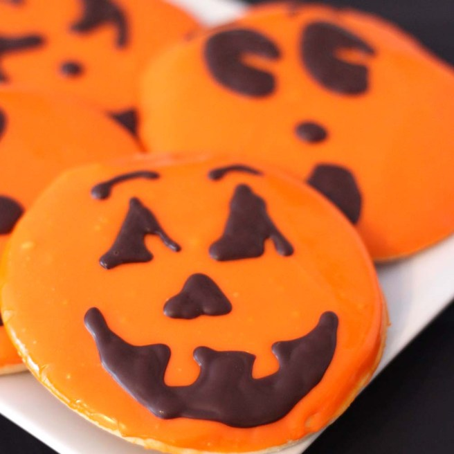 jack-o-lantern cookies from french bakery in northern new jersey cafe pierrot