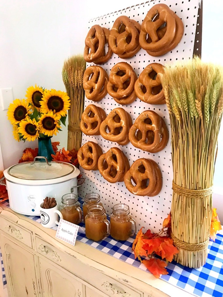 apple cider and pretzel station decorating ideas from nj bakery restaurant caterer cafe pierrot