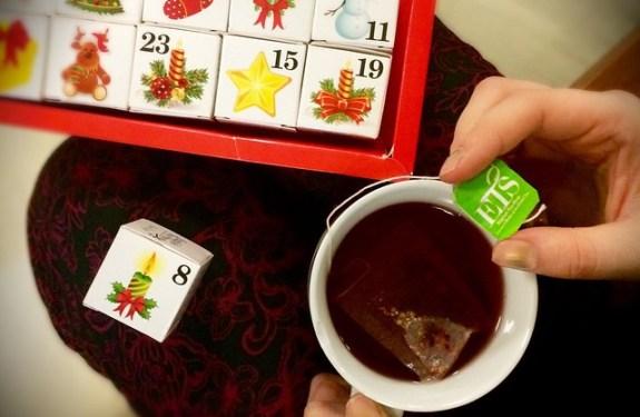 Chwila relaksu przy filiżance herbaty