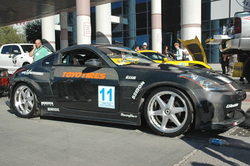 Nissan 350Z made out from carbon fiber