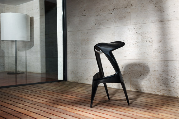 Jordi Mila Hot Rider carbon fiber stool