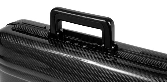 Zero Halliburton carbon fiber attache handle