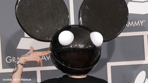 Deadmau5 carbon fiber head at 2012 Grammy's