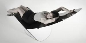 Marea carbon fiber lounge chair by Jules Sturgess