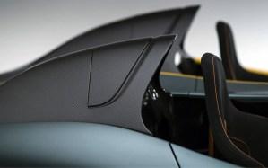 Aston Martin CC100 carbon fiber head