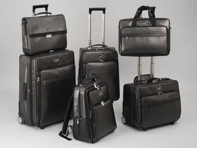 monCarbon Carbon Soft carbon fiber luggage collection