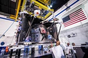 carbon fiber spacecraft structure