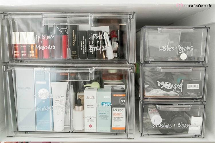 organizando-maquiagem-no-banheiro