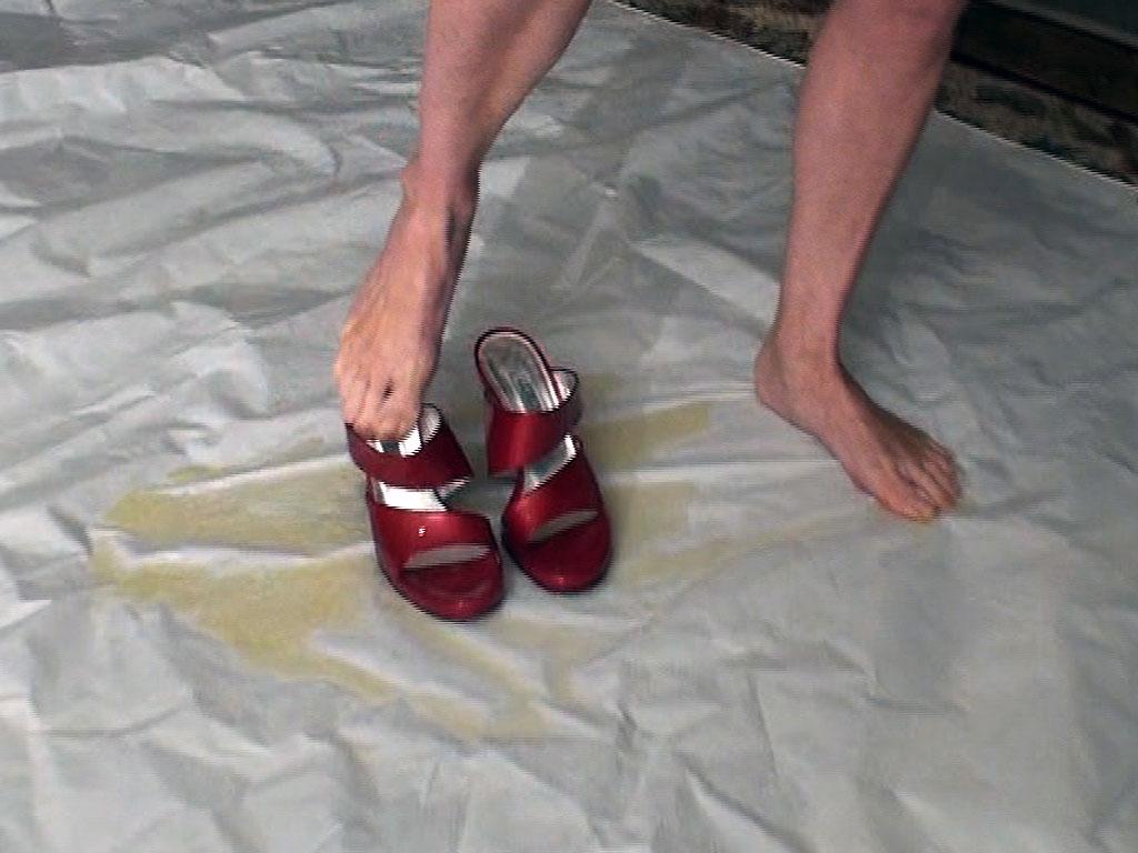 Peeing in my shoe andrea sky 5