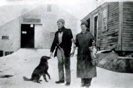 Ellsworth and Agnes rabbit hunting in Stowe, Mass., 1914