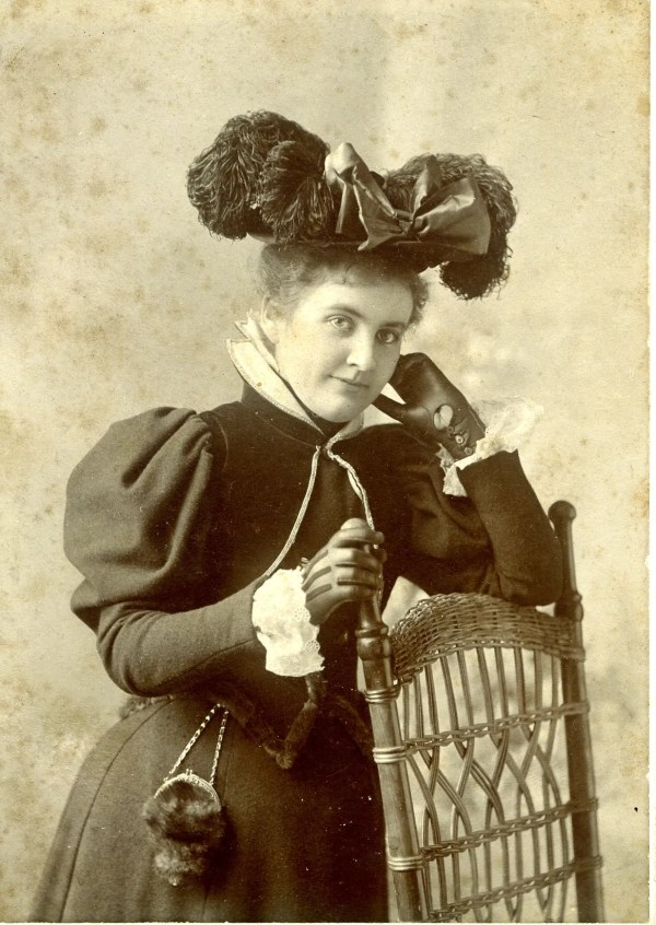 Hattie in a new hat, around 1892