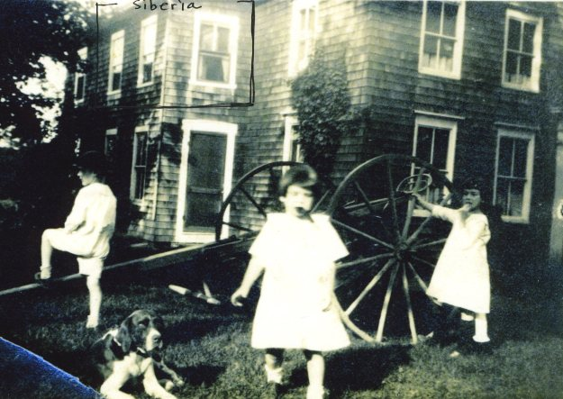 Siberia, 1922, Francis, Janet, and Lydia in the front yard