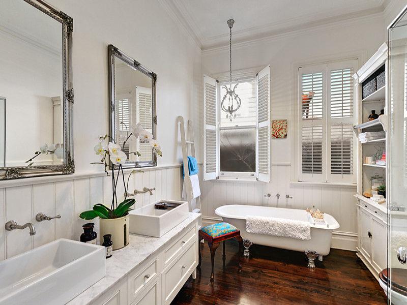 Bagno classico lo stile anche in bagno  Casait