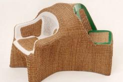 Un esempio di sedia dalla serie Transplastic dei fratelli Campana