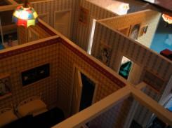 Dettaglio del modellino della casa, visione dall'alto
