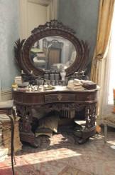 Uno dei mobili rinvenuto nell'appartamento di Madame de Florian