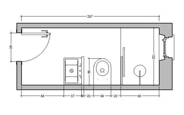 ristrutturare bagno stretto e lungo: lavabo in posizione frontale