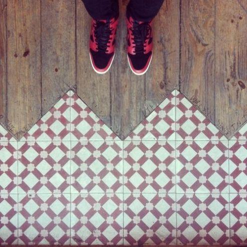 come accostare pavimenti diversi : parquet e ceramica