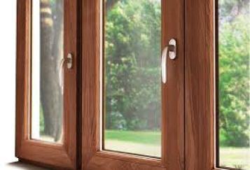 vetro per finestre: infisso con doppi vetri