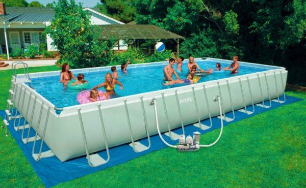 Consigli per scegliere la piscina fuori terra o interrata casanoi blog - Piscina fuori terra interrata ...