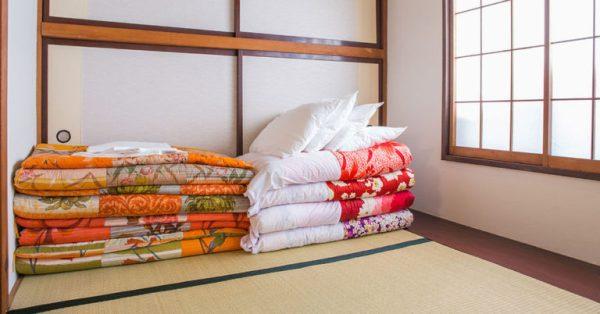 futon e tatami camera da letto giapponese