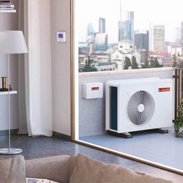 pompa di calore installata all'esterno