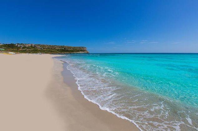 playa menorca son bou